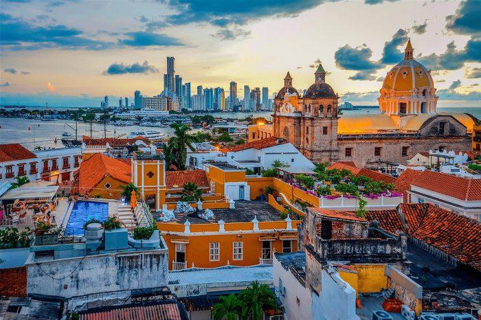 Bogotá + Medellín + Cartagena